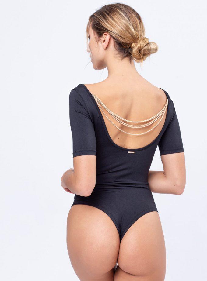 Body preto com decote redondo e com detalhe de correntes douradas nas costas